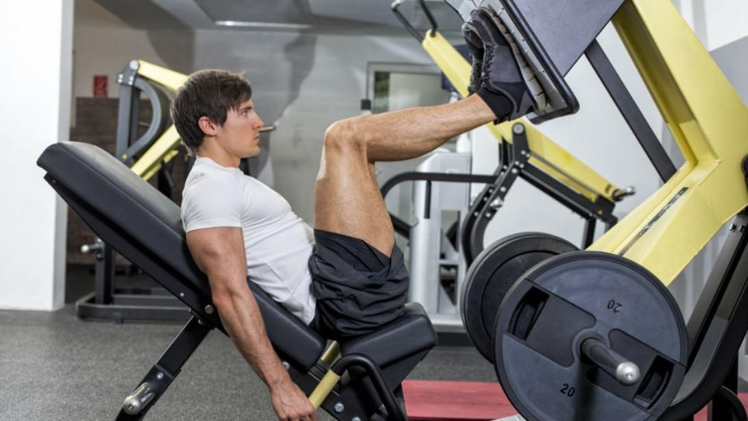 Лучшие упражнения на тренажерах