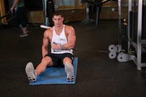 Внутреннее вращение плеча сидя 2