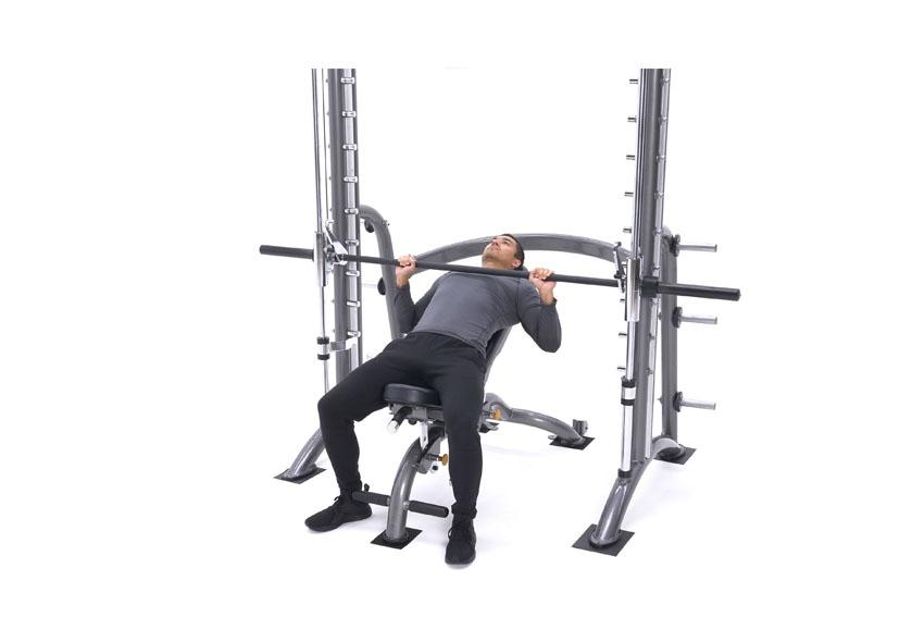Программа тренировок в зале для мужчин