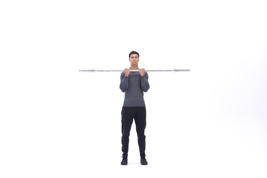 Подъем штанги на бицепс узким хватом