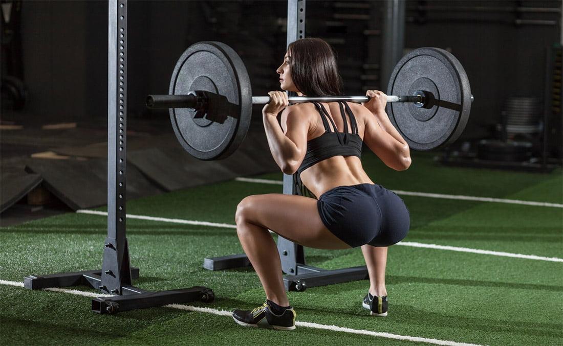Тренировка ног и ягодиц для девушки