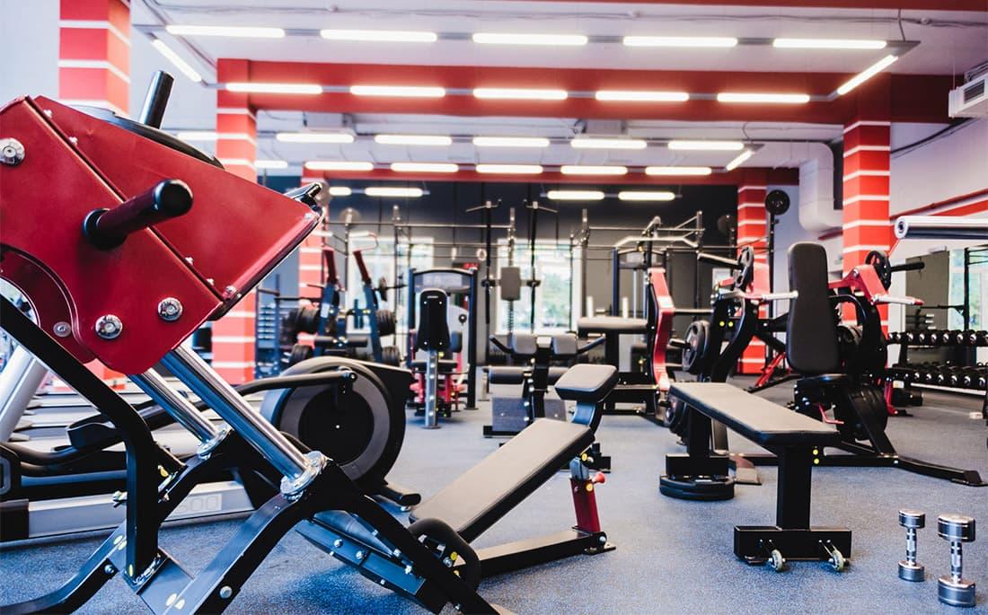 Виды тренажеров в зале: преимущества и недостатки