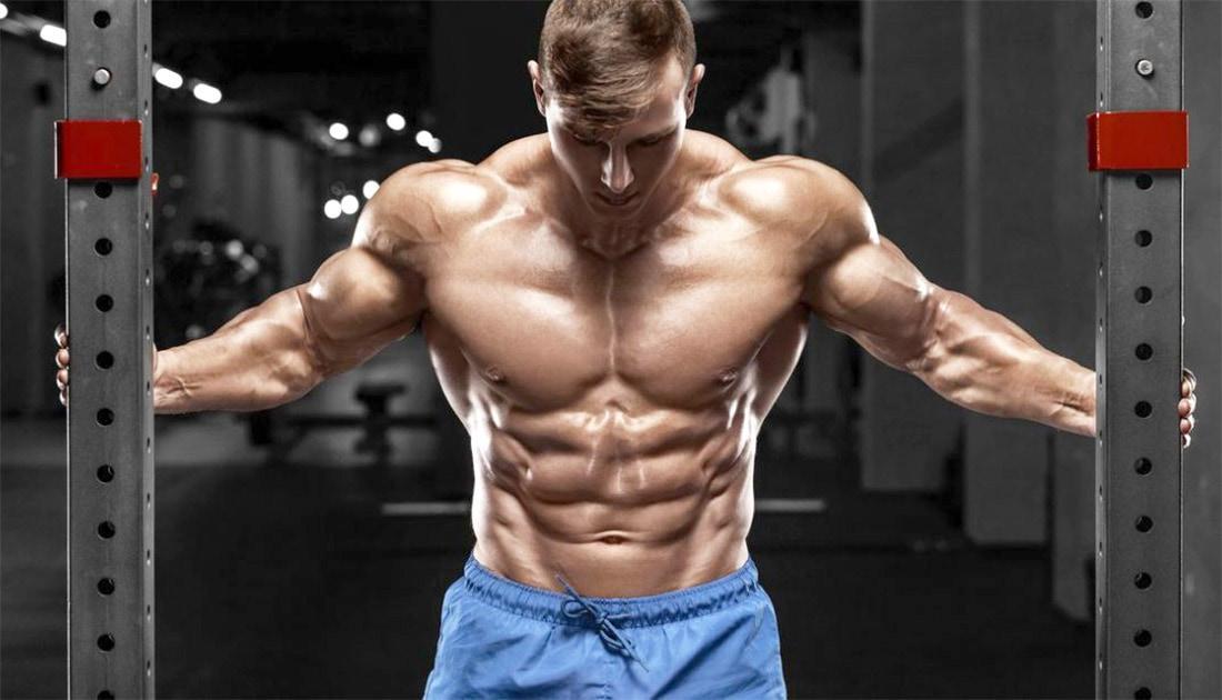 Растяжка грудных мышц: когда и как ее выполнять