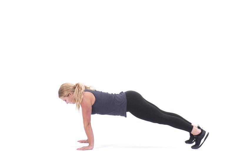 Рельефное тело девушки: план тренировок и питания